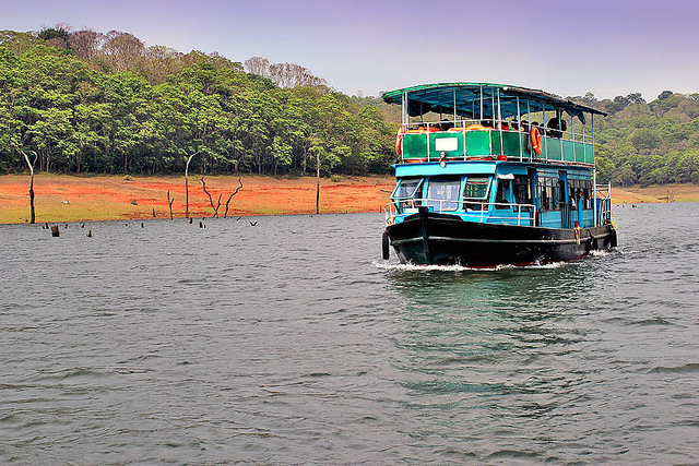 Periyar-Lake-Boat-Ride