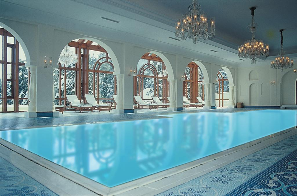Wildflower Hall Shimla swimming pool