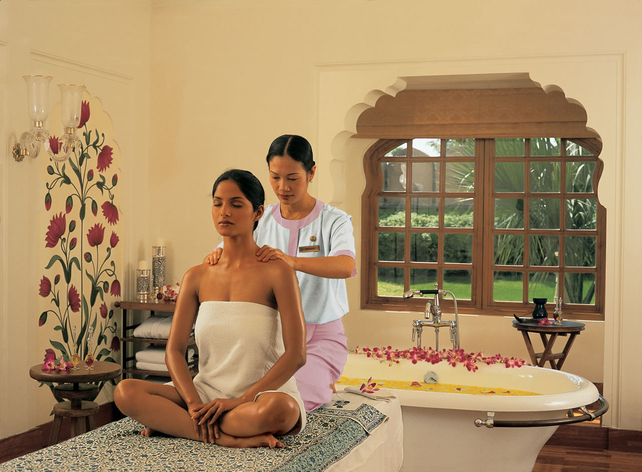 rejuvenating spa therapy at the Oberoi Spa